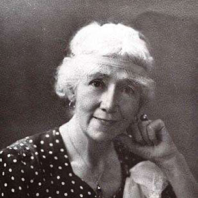 Portrait of LDS artist Minerva