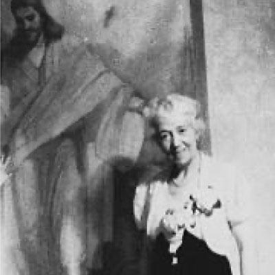 Minerva Teichert with Jesus's Red Robe Painting